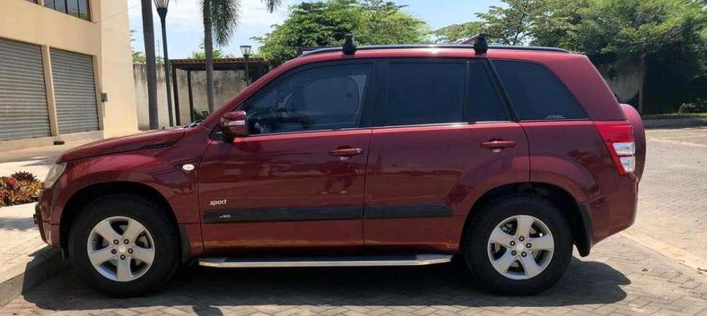 Suzuki Grand Vitara SZ 2014 - 135000 km