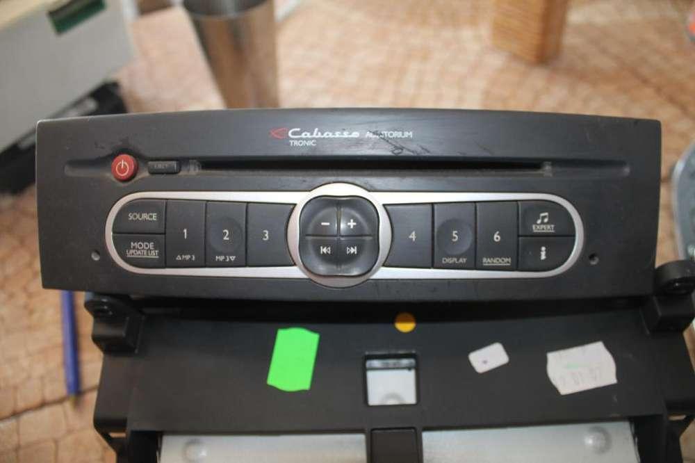 Estéreo Cabasse Original Renault Laguna 2