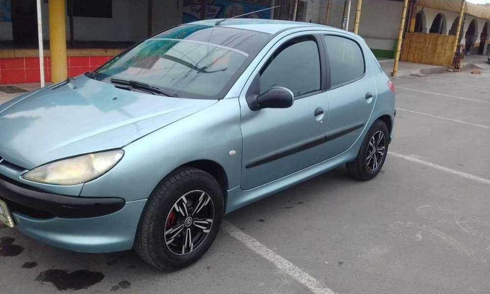 Peugeot 206 2005 - 90000 km