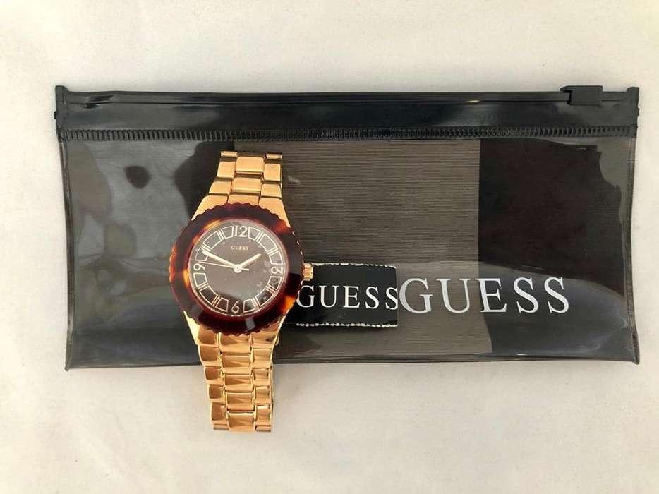 Reloj Guess W0458l1 Nuevo En Caja