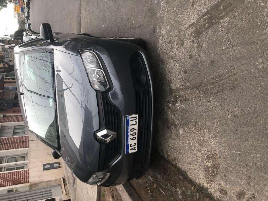 Renault Logan 2018 - 21500 km
