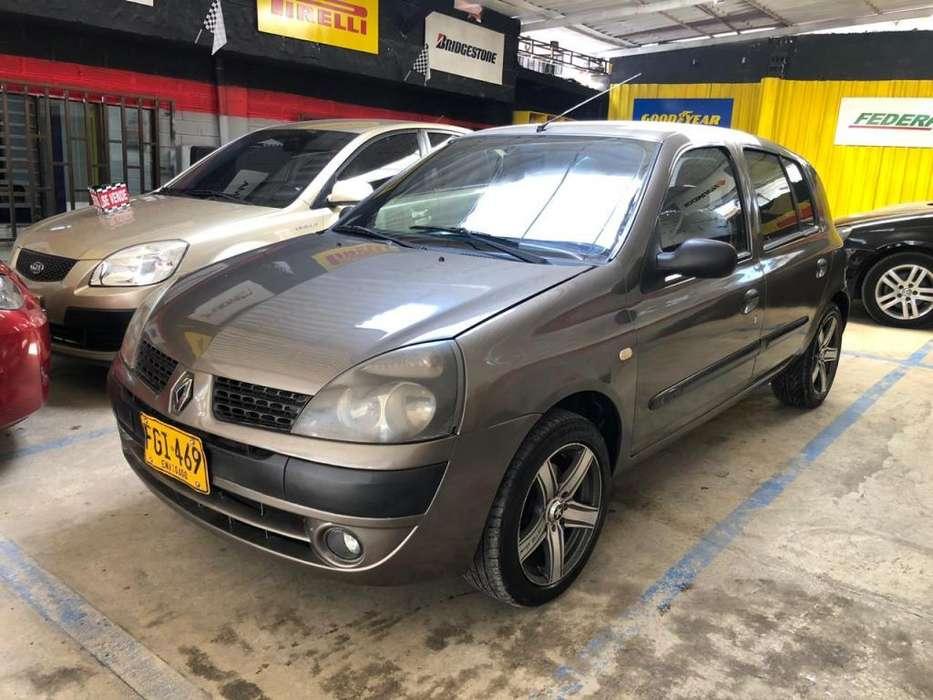Renault Clio  2007 - 165000 km