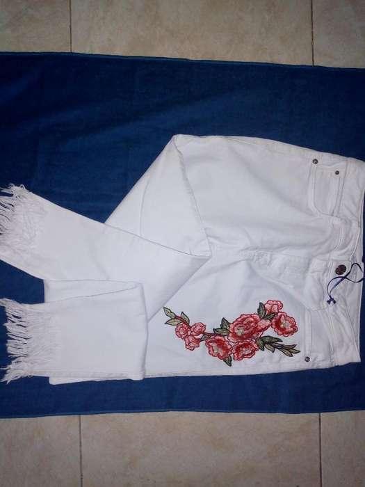 Vendo Lindo Jeans Blanco Studiof Nuevo