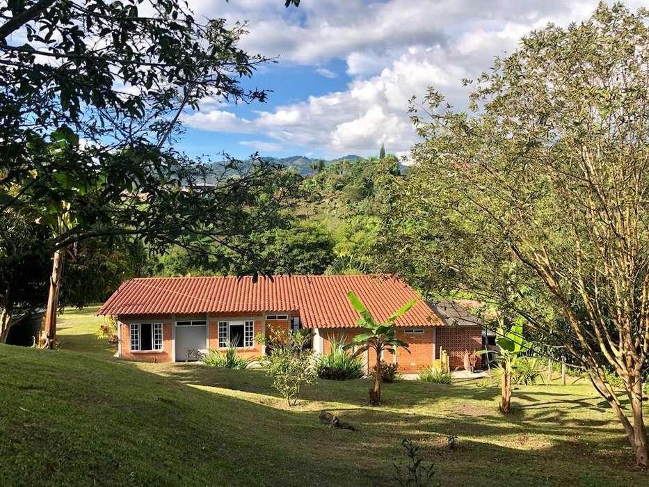 Se vende Casa Campestre en Combia