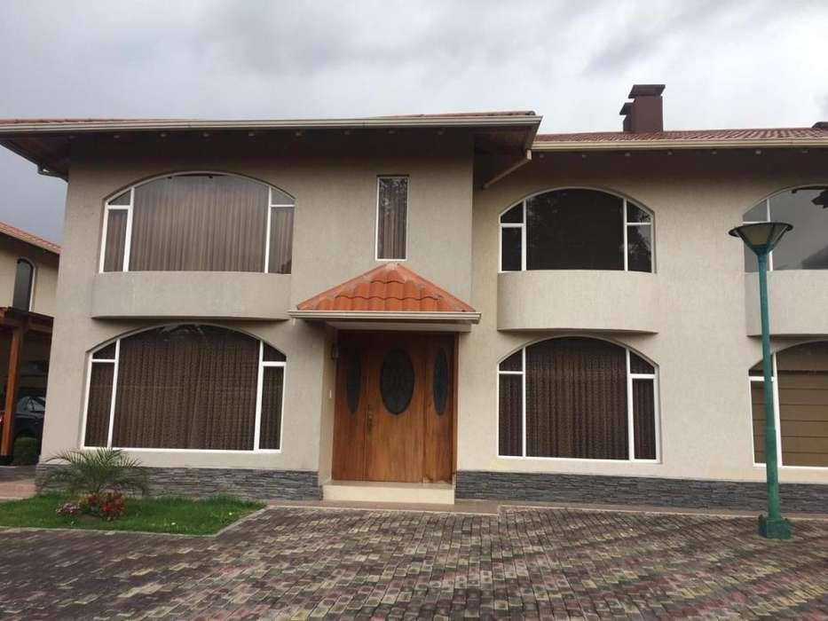 De Oportunidad! Hermosa Casa en Renta en El Dean Bajo.