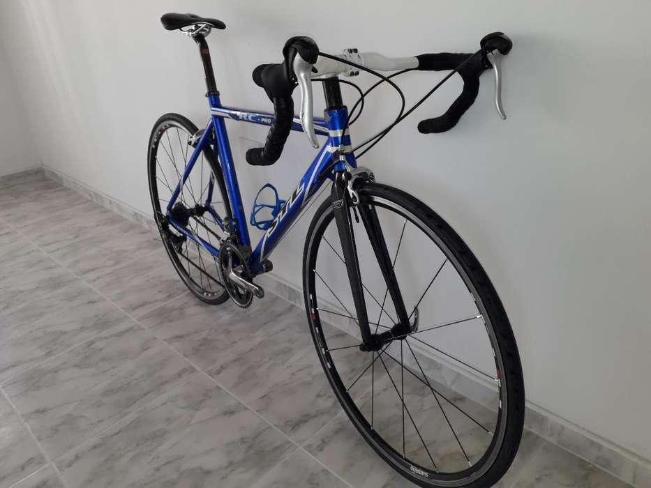 Bicicleta de Ruta Stl Grupo Sora de 9v