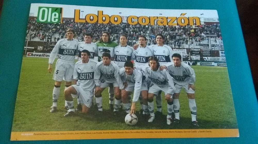Poster Gimnasia de La Plata 2003 Lobo Corazon . En cartulina OLE
