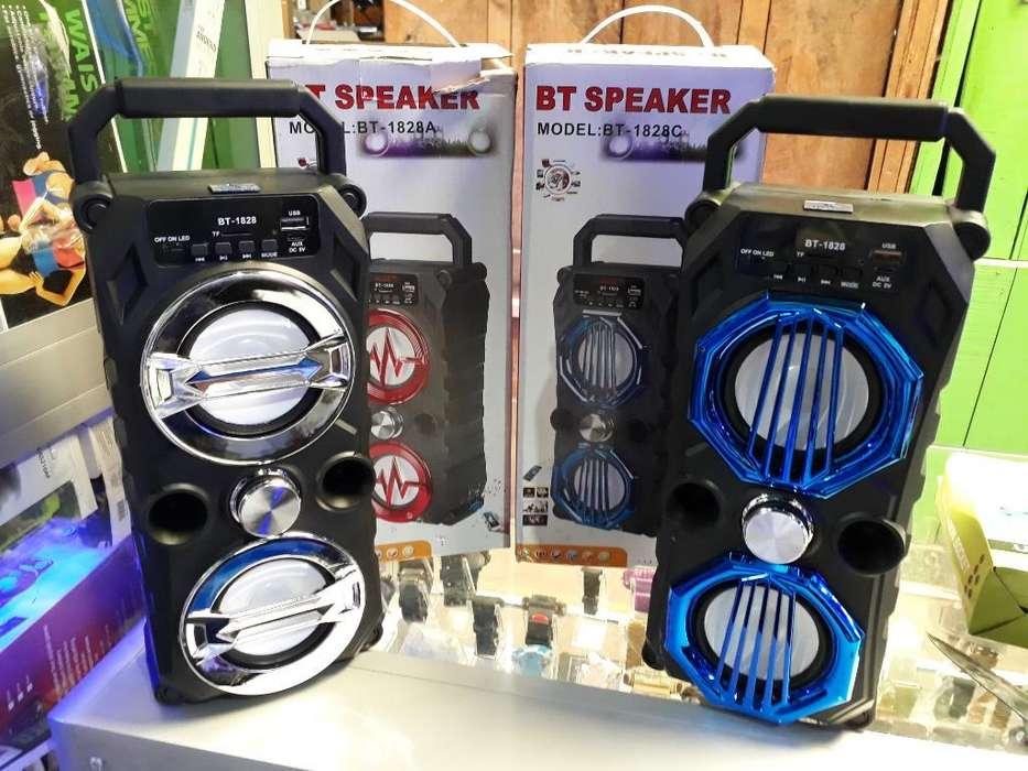 Parlantes Speaker Blueto Usb 35cm Alto