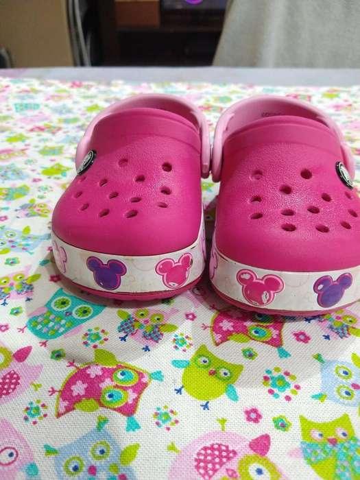 Crocs Luces Niña Talle 22