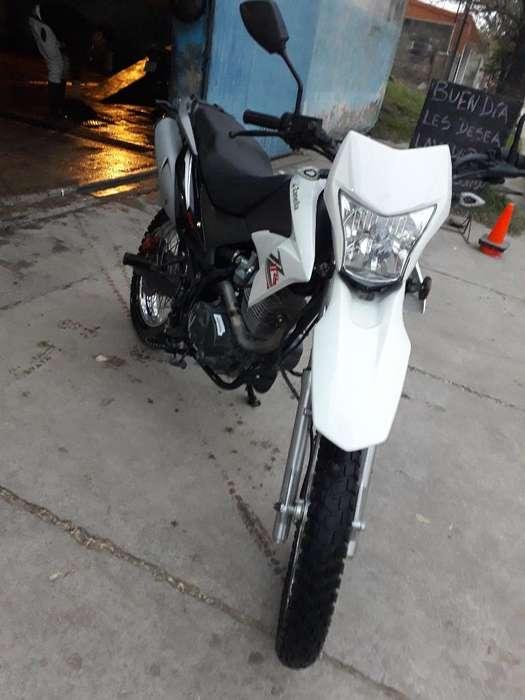 Vendo Zanella 150 Cc 4000 Km