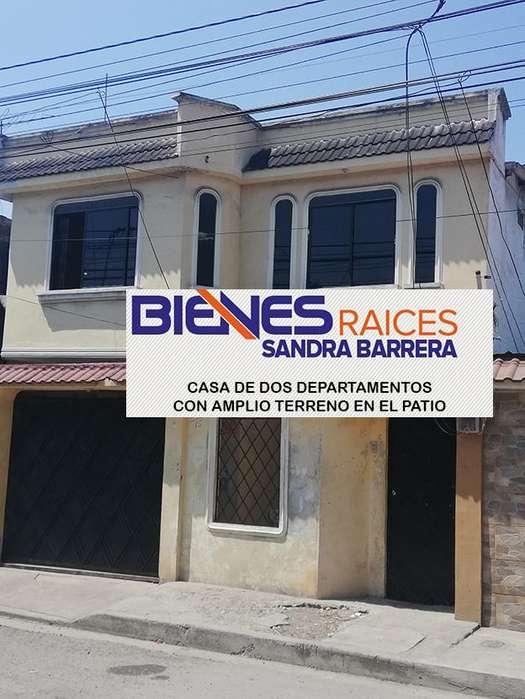 En Puerto Bolivar se Vende Casa Rentera de dos departamentos