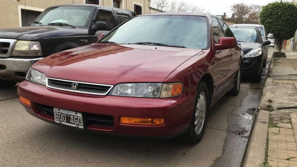 Honda Accord 1997 - 121900 km
