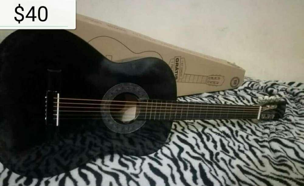 <strong>guitarra</strong> Acustica Nueva para Aprendiz