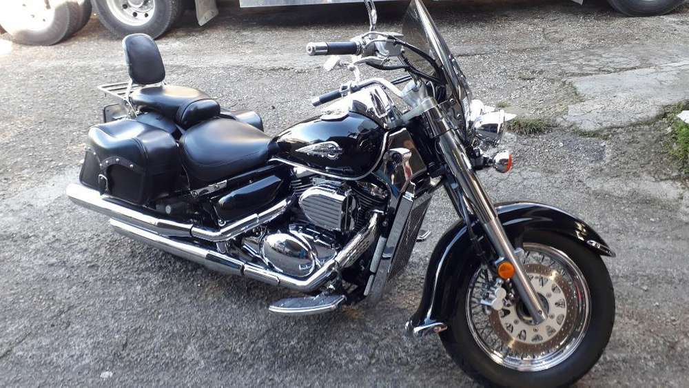 Suzuki Intruder Volusia 800cc
