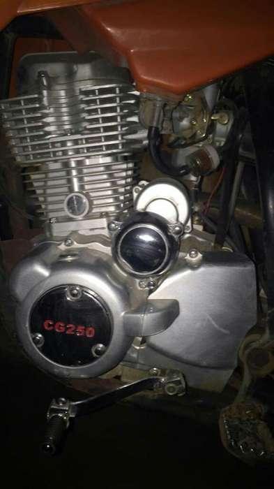 Vendo Motor Artsun 250cc -barrillero