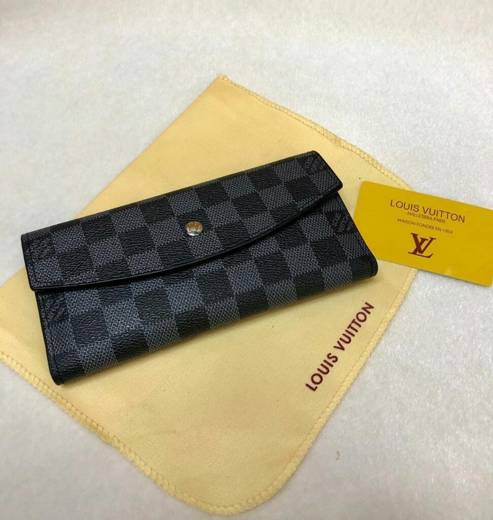 dbe49155e Billetera de Dama Louis Vuitton - Lima
