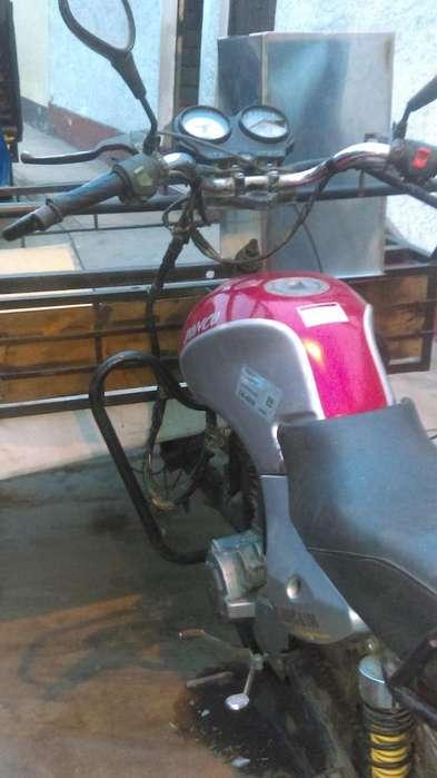 Mototriciclo