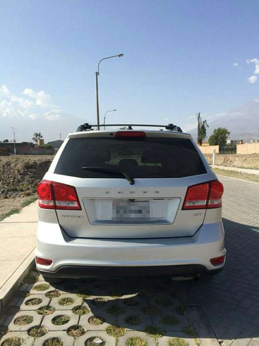 <strong>dodge</strong> Journey 2012 - 95981 km