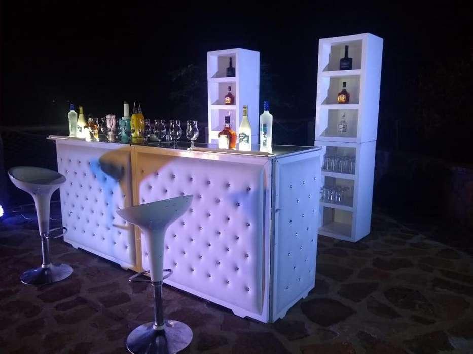 Alquiler de barra coctelera y servicio de cocteleria