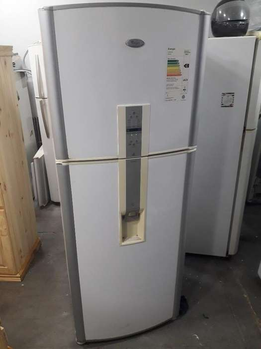 Heladera Whirpool con Freezer No Frost
