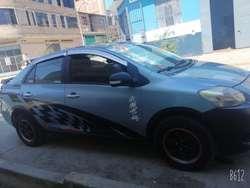 Vendo Mi Toyota Yaris por Salud