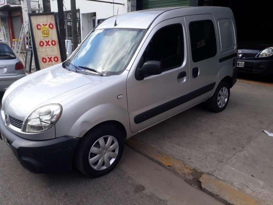 Renault Kangoo  2009 - 150000 km