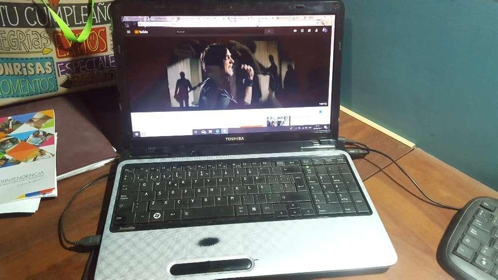 Laptop Toshiba Satellite L750
