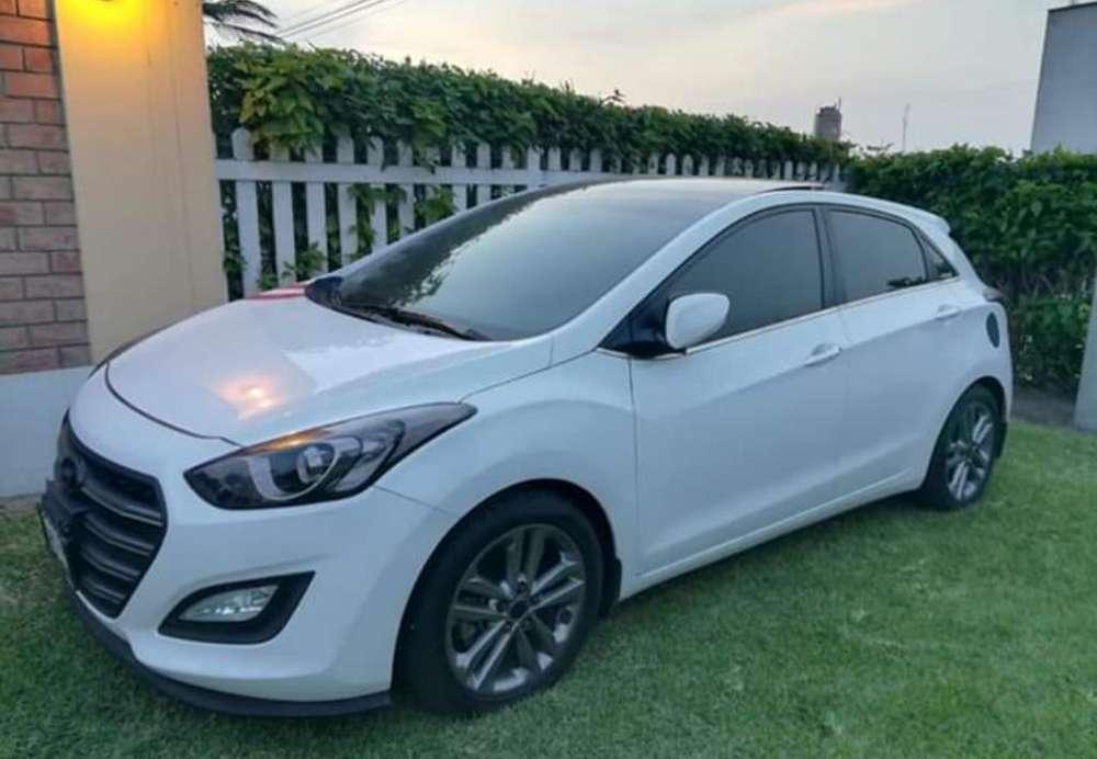 Hyundai i30 2016 - 28000 km
