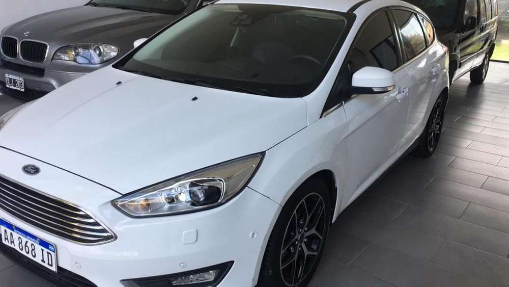 Ford Focus 2017 - 45000 km