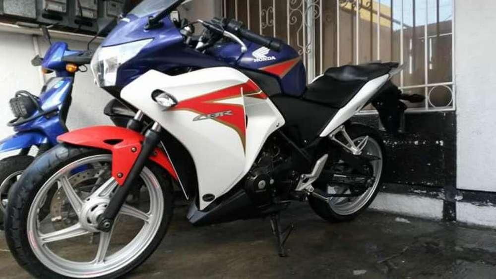 Moto <strong>honda</strong> Cbr 250 R