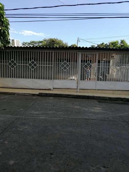 Casa amplia remodelada Barrio 9 de Abril