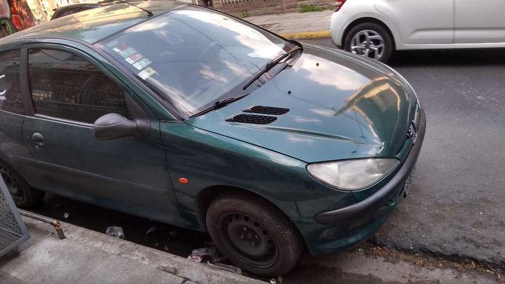Peugeot 206 1999 - 160000 km