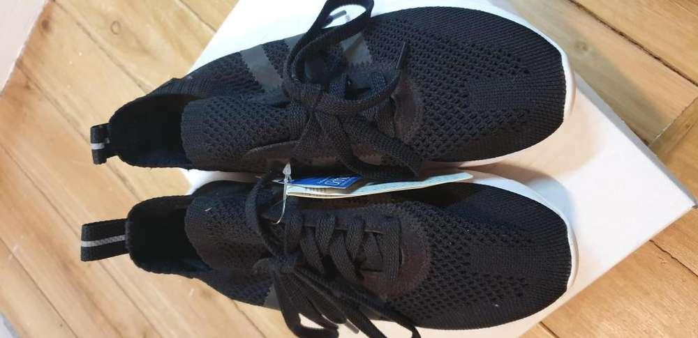 Zapatos deportivos Adidas (Unisex)