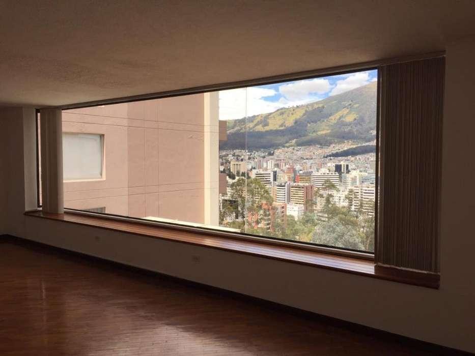 Se Renta amplio y exclusivo Departamento Sector La Coruña. Alquiler / Arriendo RJET014