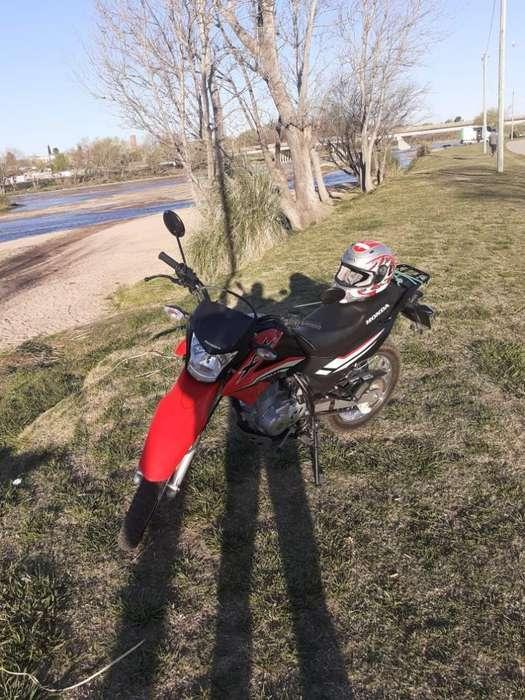 Titular Vende Honda Xr 150 con 2.000 Km