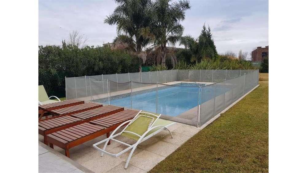 Fincas Del Sur S/N - UD 650.000 - Casa en Venta