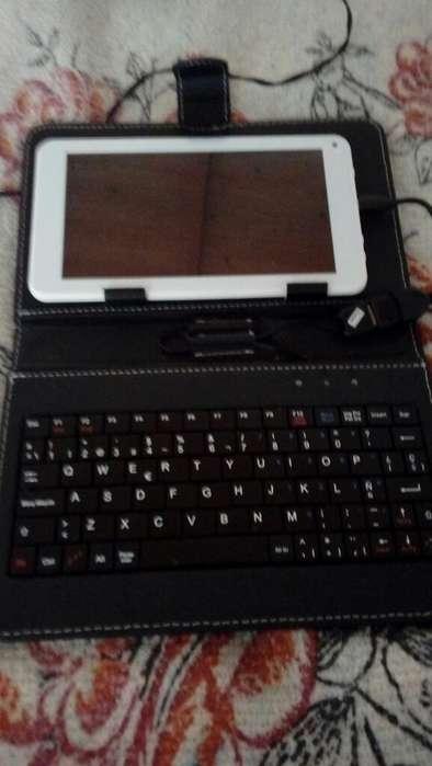 Tablet 7 con Teclado