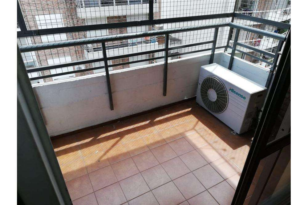 Venta departamento 2 dormitorios zona Rio
