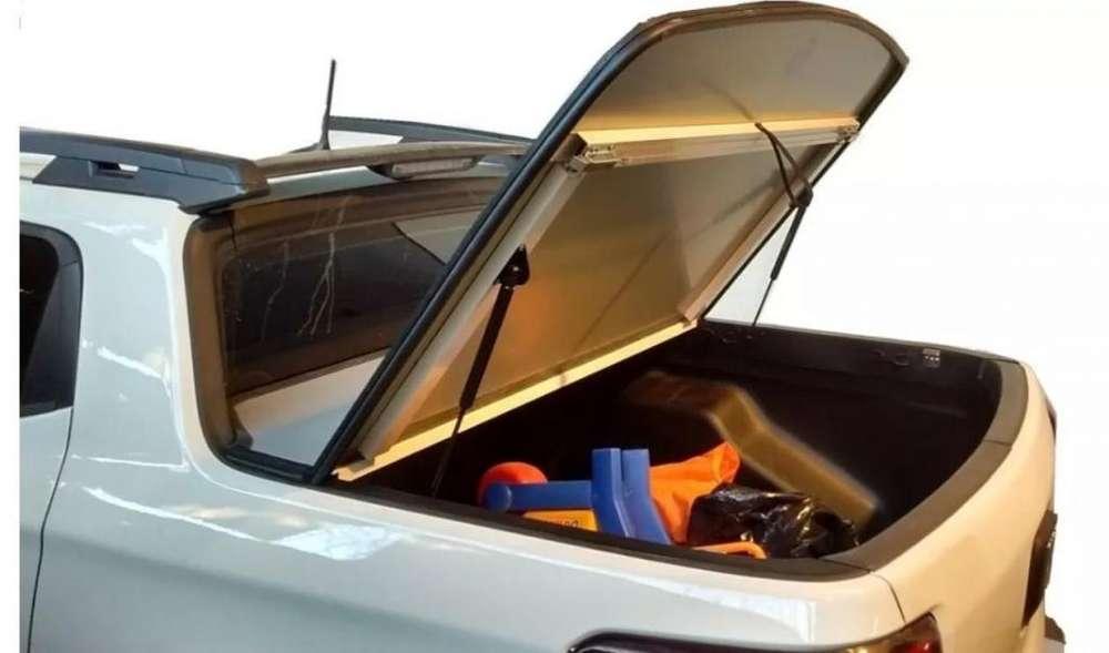 Tapa rígida Fiat Toro tapizada como la original