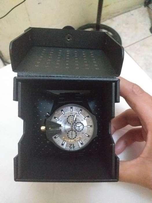 d8d511c770b9 Venta de relojes  Relojes - Joyas - Accesorios en venta en Ecuador ...