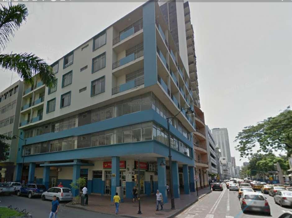 Venta de Edificio Comercial en el Malecon, Centro de Guayaquil
