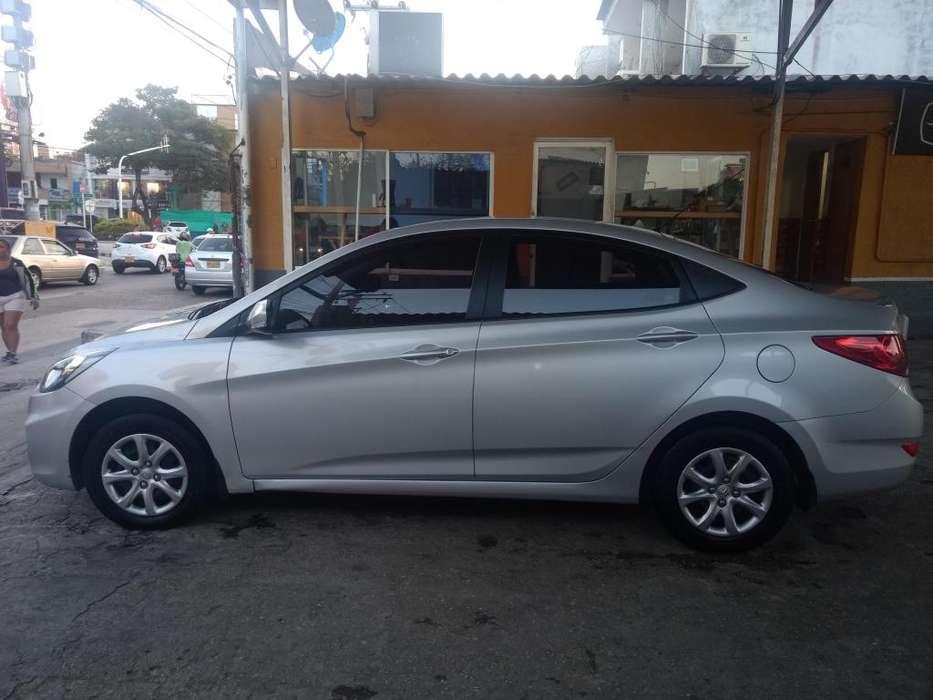 Hyundai i25 2015 - 14000 km