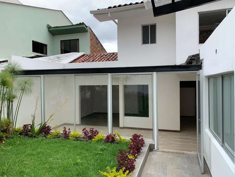 Espectacular Casa en venta Cuenca Ecuador