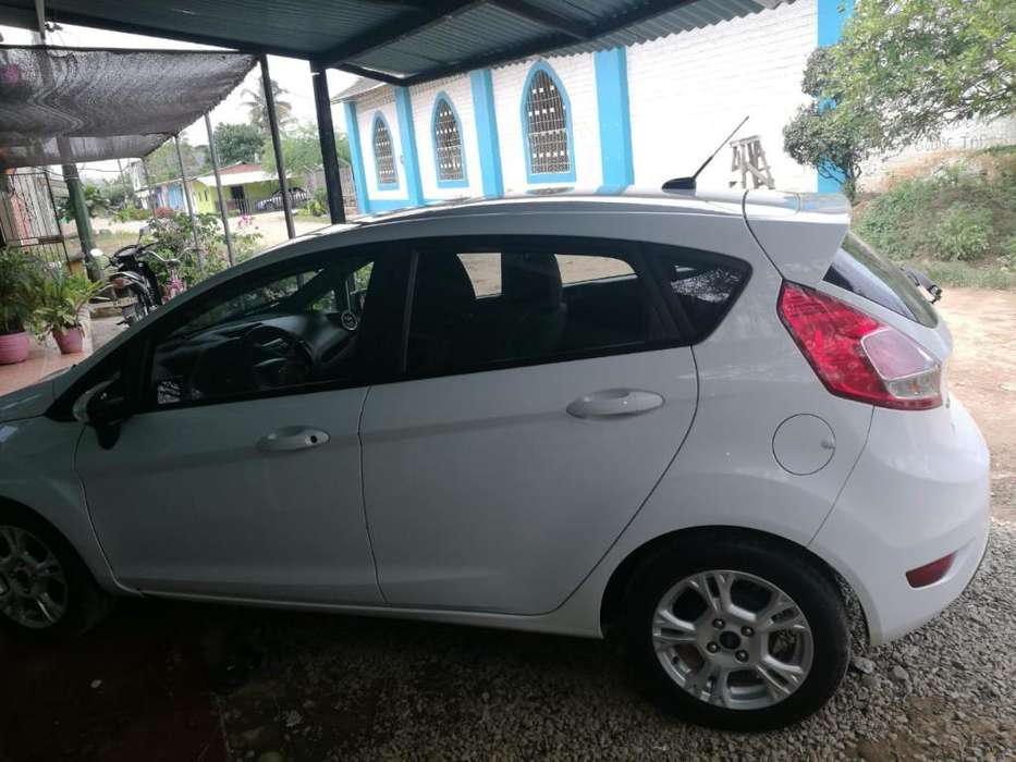 <strong>ford</strong> Fiesta  2015 - 97000 km