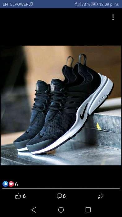 Disponible Talla 42 Nike Originales