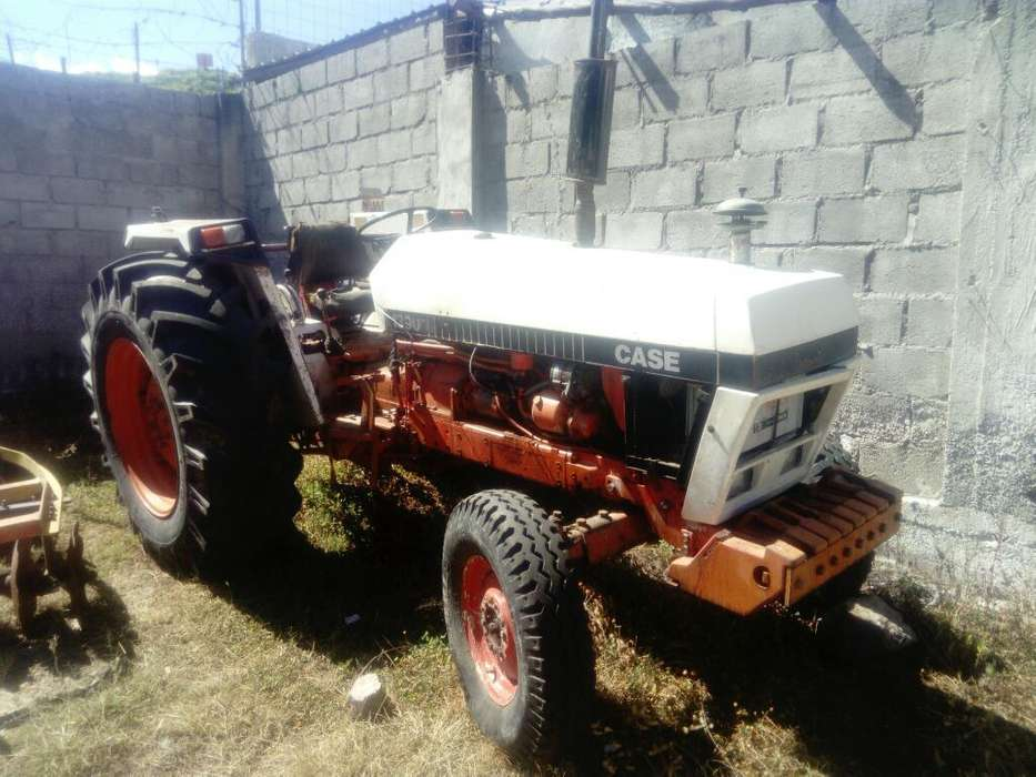 Tractor Case.