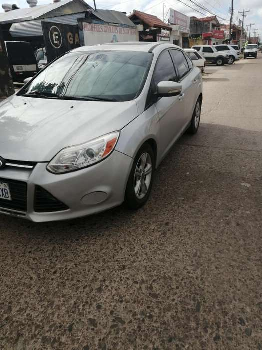 Ford Focus 2013 - 11900 km