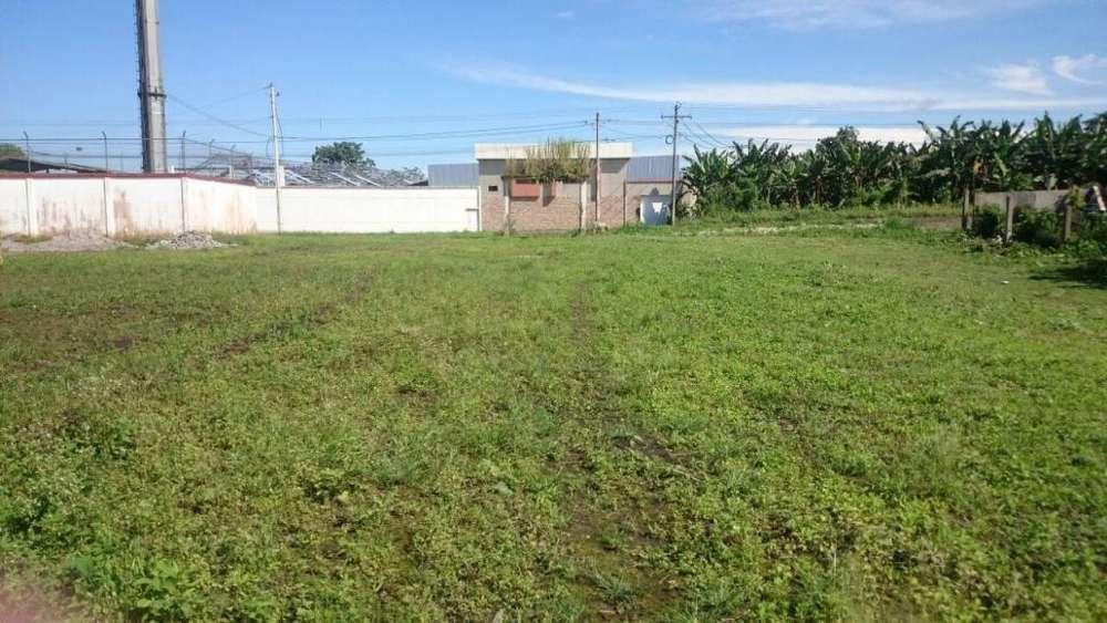 Santo Domingo, Vía Quevedo Klm. 6, rento terreno 9000 m2, Cerramiento