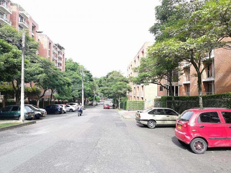 Apartaestudio En Arriendo/venta En Ibague Conjunto Residencial Studio Av 69 Piso 6 Cod. VBPAI11382