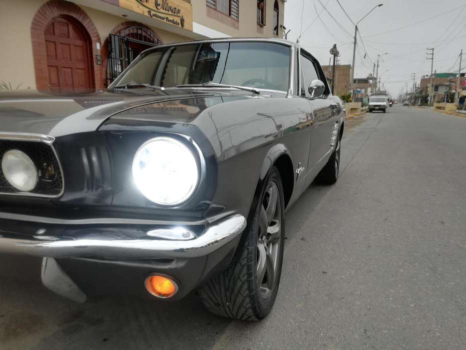 Ford Mustang 1965 - 74000 km